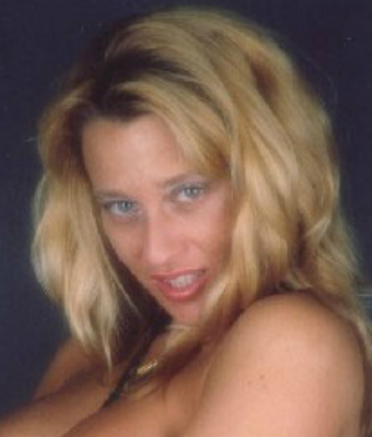 Viky Moore