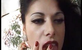 Porno lesbo italiano con Sonia
