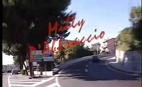 Per tutti i fans della diva porno di Avellino, Milly D`Abbraccio, eccola in un capolavoro italiano!