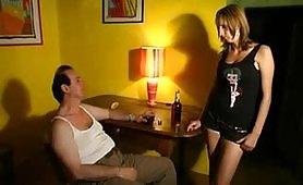 The italian job 2 - Due diciottenni scopate dal padre ubriaco