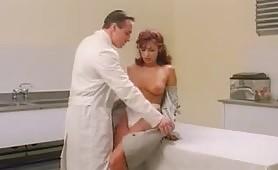 Scena porno vintage ripresa dal film Penitenziario femminile