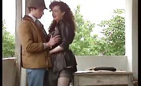 La sexy porcona italiana Jessica Rizzo scopata sul terrazzo