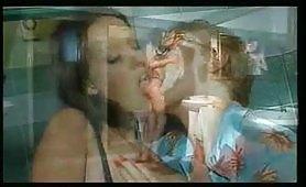 Scena porno ripresa dal film Sacro e profano