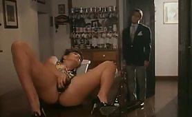Susanna cameriera perversa - scena porno vintage italiano