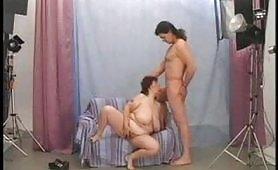Scena porno ripresa dal film Ciccione Arrapate 4