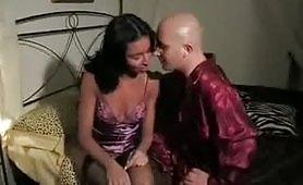 Sognando la zia - porno incesto italiano