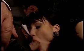 Grand Hotel II  Porno video italiano inculata sulla panchina