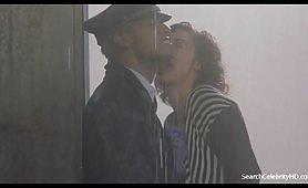 Anna Galiena, la calda attrice italiana in scene erotiche vintage