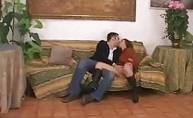 Alexa Grandi  Fantastica scopata sul divano
