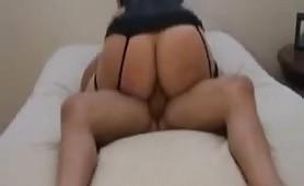 Elisa, commessa quarantenne di Pozzuoli scopata in lingerie sexy