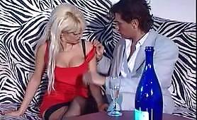 Donna D'Enrico dalle belle tette